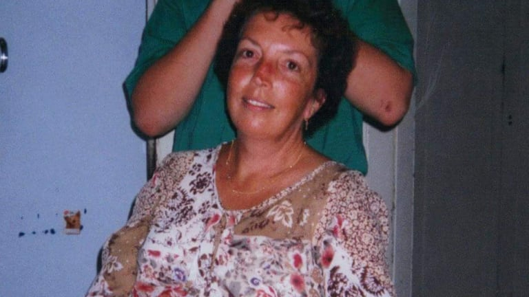 Lorelei Sneddon died of non-Hodgkins lymphoma at the age of 55.