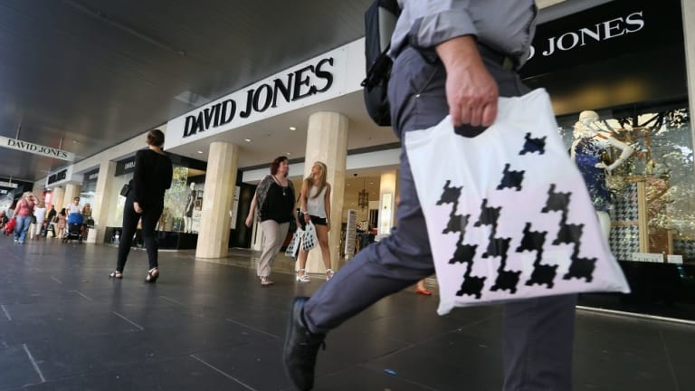David Jones shareholders have voted to accept the takeover off from South Africa's Woolworths Holdings.