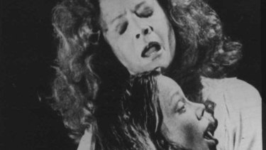 Who could blame Carrie White (Sissy Spacek) for acting weird with a mother like Margaret (Piper Laurie)? Religious fanaticism unleashes supernatural terrors during a high-school prom that tips the bucket on the bullies.