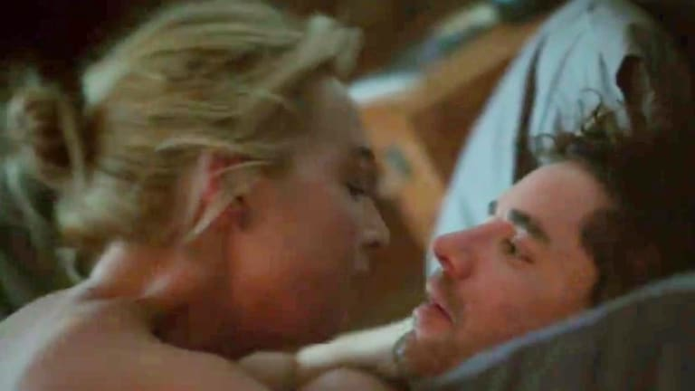 Asher Keddie's sex scene with her real-life husband Vincent Fantauzzo was one of the raunchiest scenes in <i>Offspring</i> history.
