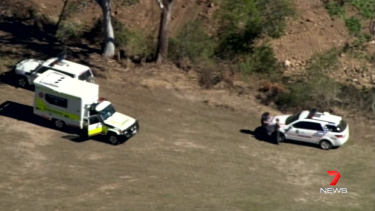 A man aged in his 30s has died in a paragliding accident near Woodford.