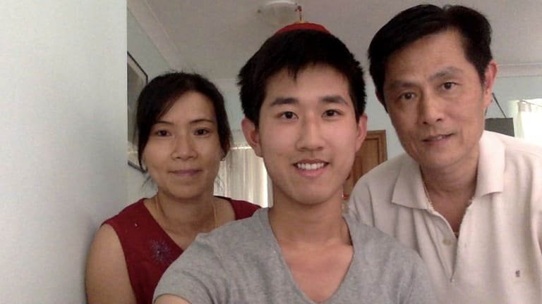 Daniel Hu and his parents.