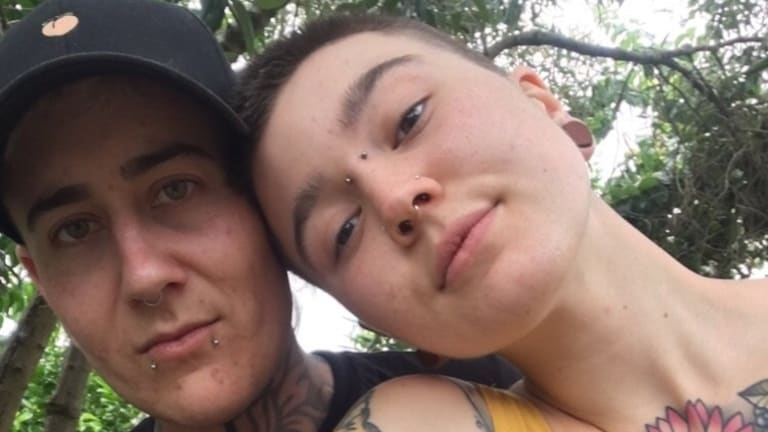 Melbourne couple Julz Evans and Cat Franke say they were subjected to homophobic slurs and harassment on a Jetstar flight to Perth.