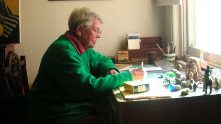 Marjorie Pizer at her desk in Neutral Bay.