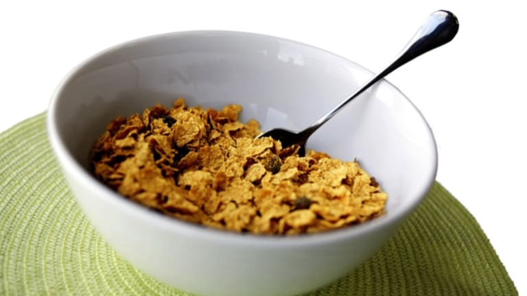 Kellog's  has relented to months of pressure to include health star ratings on its cereal products.