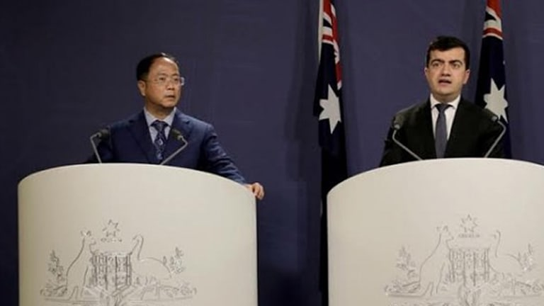 Huang Xiangmo and Sam Dastyari at a press conference for the Chinese community in Sydney in July, 2016.