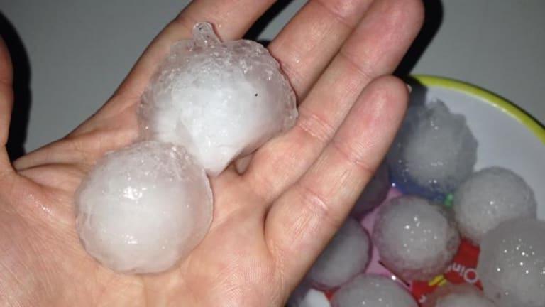 Golf ball-sized hail at Ulmarra.