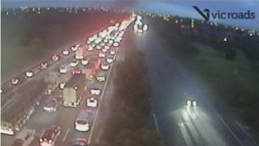 Traffic delays on the Monash, after the fire.