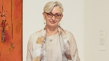 Art Gallery Society outgoing executive director Judith White says the society's independence is under threat.