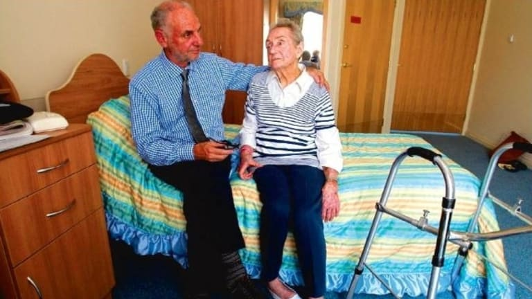 Philip Nitschke with his 94-year-old mother, Gwen, who wants to die.