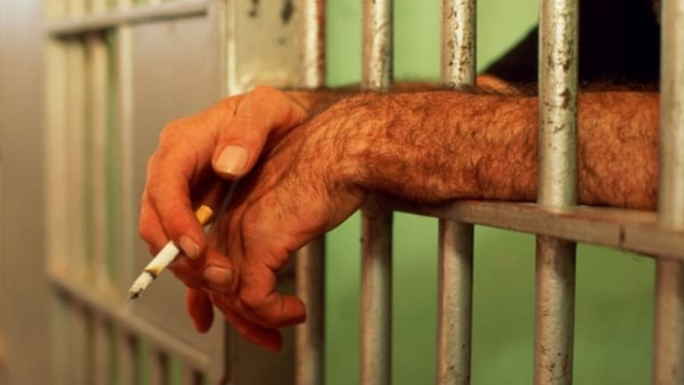 In all Australian prison systems where smoking bans have been introduced they have been preceded by a lengthy period of preparation.