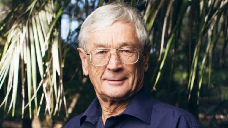 Entrepreneur Dick Smith supported Sustainable Population Australia.