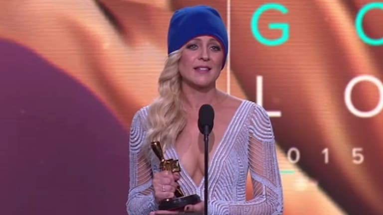 Gold Logie winner ... <i>The Project</i>'s Carrie Bickmore used her time on the podium to shine a light on brain cancer research.