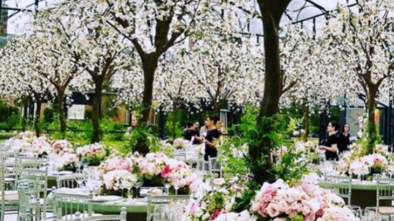Pippa Middleton Wedding Marquee.Pippa Middleton Wedding First Look Inside Reception As Florist