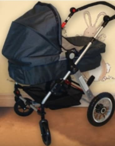 The Multifunctional Luxury Baby Stroller, sold by Online Dealz, posed an entrapment risk for children and had unsafe straps.