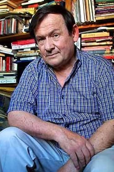 physical journey peter skrzynecki essay Peter skrzynecki is a popular australian poet who details the immigrant experience his anthology, 'immigrant chronicle' tells a story of his past and journey of assimilating to the australian culture his poems tell of travelling, of belonging and the innate beauty in discovering oneself and.