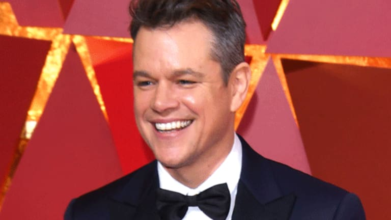 Sharon Waxman alleges Matt Damon also called her to spike the story.