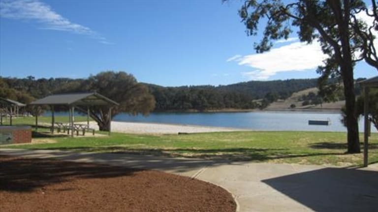 Police are seeking witnesses to an assault at Waroona Dam on Australia Day.