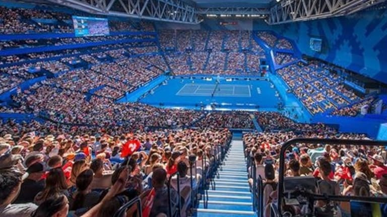 A crowd of 13,684 people packed Perth Arena on Monday to watch Roger Federer at the Hopman Cup.