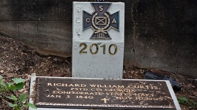 The final resting place of  Richard William Curtis is among 29 American Civil War soldiers' graves in Queensland.