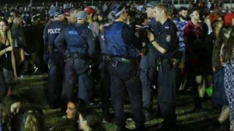 Girl, 15, lucky to be alive after overdose at Groovin' the Moo