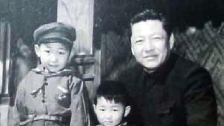 Xi Zhongxun and his sons.