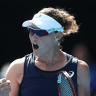Samantha Stosur battles back to beat Agnieszka Radwanska
