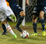Pitch complaints after Melbourne Victory's FFA Cup rout of Brisbane Roar