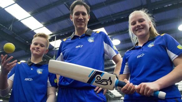 Cricket Australia CEO James Sutherland backs Cricket ACT's bold women's Ashes plan