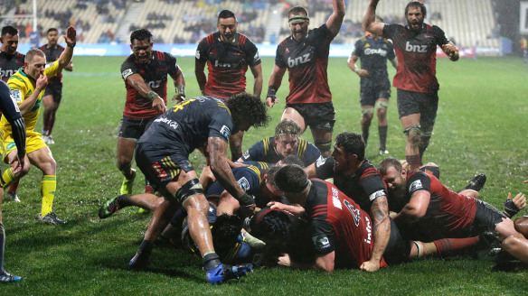 Crusaders book Super Rugby semi-final with smart win over Highlanders in dreadful conditions