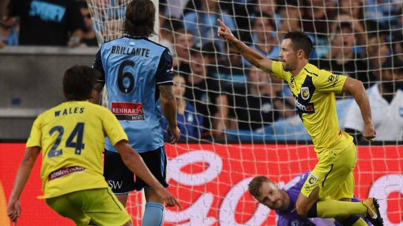 Sydney FC miss chance to extend A-League lead after being held to draw by Central Coast Mariners