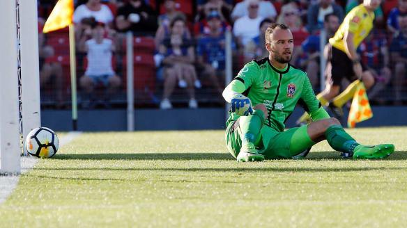 Wellington Phoenix exploit Newcastle Jets' disarray in shock 3-2 A-League victory