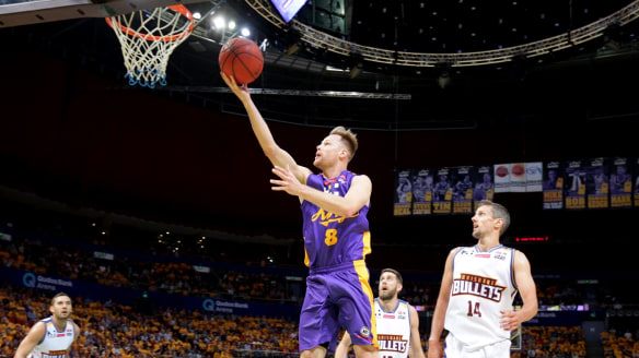 Brad Newley to resume rivalry with Joe Ingles in Sydney Kings NBA clash