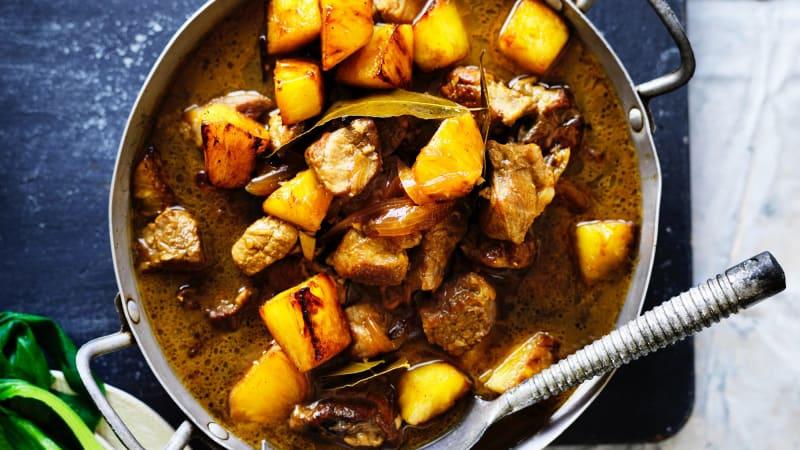 Adam Liaw's pork and pineapple adobo, and garlic rice