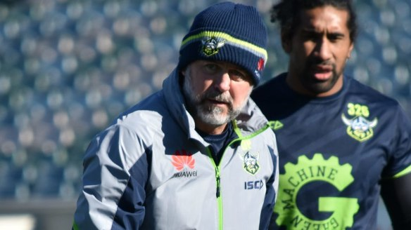 Canberra Raiders assistant coach Dean Pay has expressed interest in taking over from Des Hasler.