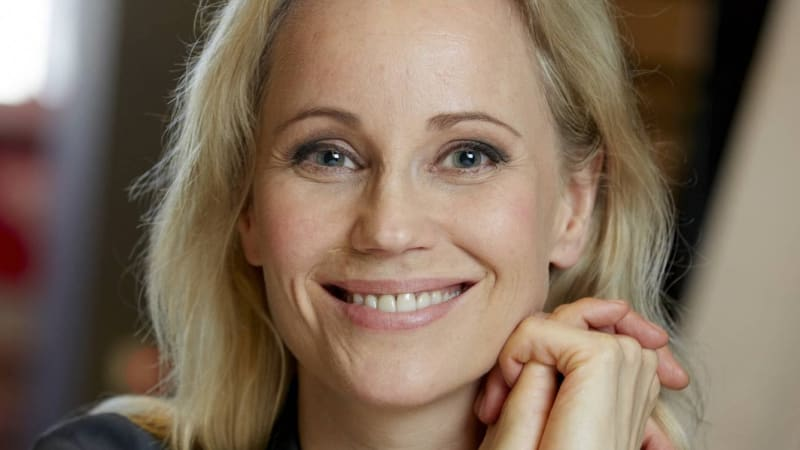 Sofia Helin Talks About Her Character Saga Noren In Nordic