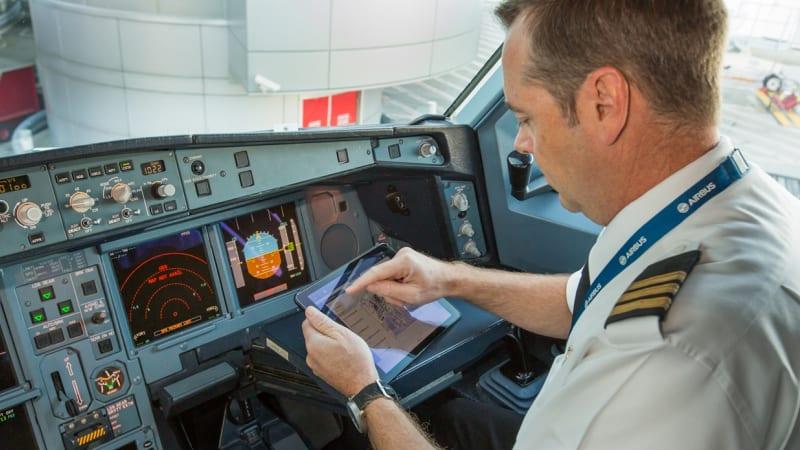How Qantas' free, fast Wi-Fi might ease turbulence