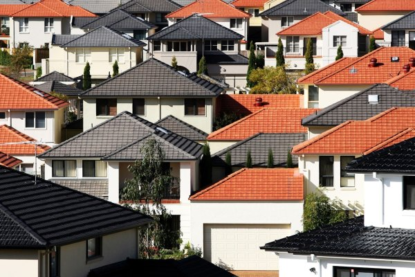 Tighter credit to dampen housing boom