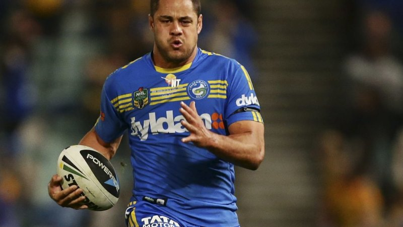 9e17b04ad Jarryd Hayne signs for Gold Coast Titans in one of biggest deals in NRL  history