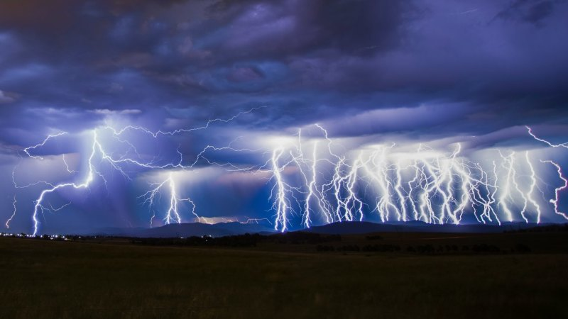 Capital Auto Finance >> Canberra weather: Storm lights up capital but hot days still ahead