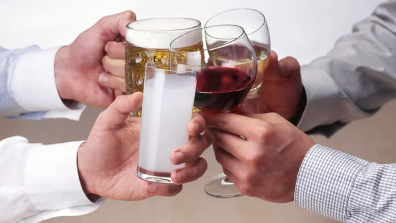 What alcohol does to your body after 40