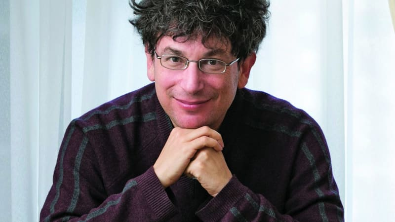 Self-help guru James Altucher only owns 15 things