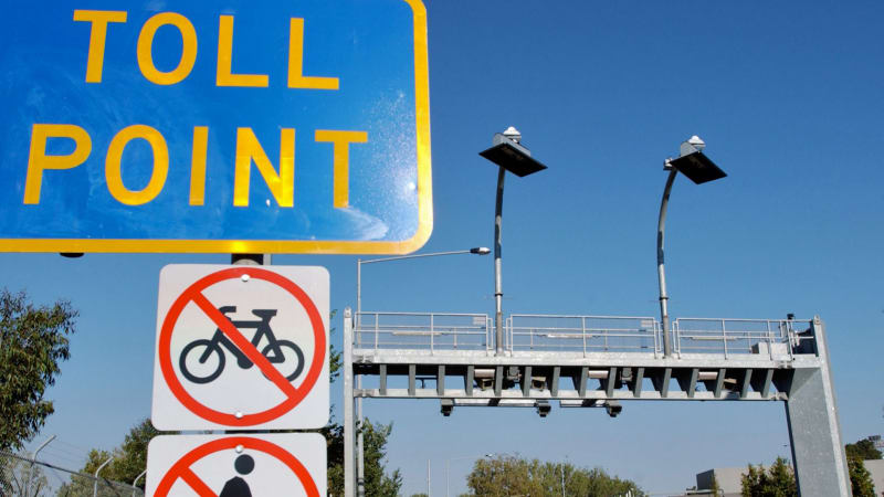 Double toll looms as Lendlease bids to build motorway to Sydney Airport