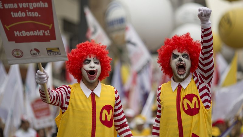 Hamburgled: McDonald's, Coles, Woolworths workers lose in union pay deals