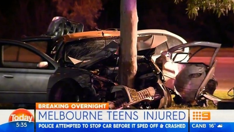 Three teenagers in hospital, one on the run, after crashing