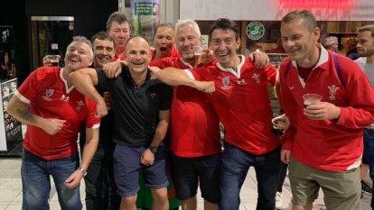 Referee Peyper elbowed out of Cup semis for 'inappropriate' picture