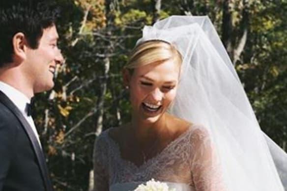 Karlie Kloss marries Jared Kushner's brother in mid-week ceremony