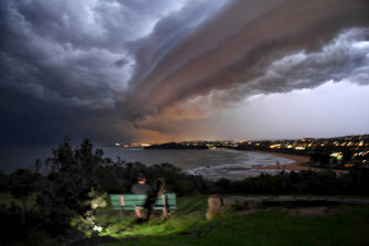 Storms blowing into Mona Vale, Sydney.