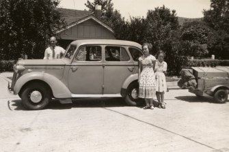 A family sets off on holiday to Phillip Island in Victoria, towing a Travelite trailer. Circa 1951.