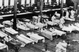 Hospital beds in the Royal Exhibition Building in Carlton during the influenza pandemic.
